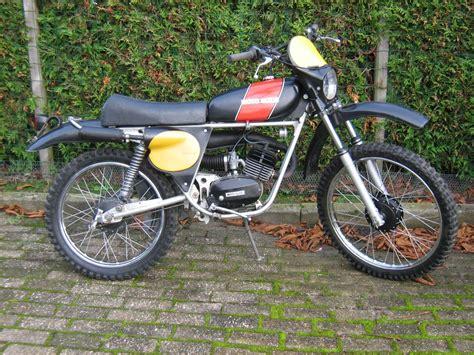 moto guzzi mopeds classic motorbikes