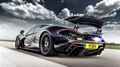 Jeremy Clarkson Drives The Mclaren P1