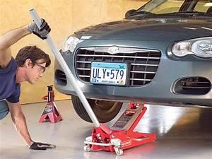 Aide Reparation Voiture : r paration automobile comment utiliser un cric en toute s ret ~ Medecine-chirurgie-esthetiques.com Avis de Voitures