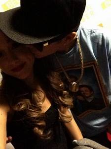 Ariana Grande And Justin Bieber 'Kiss' Photo Outrages Fans ...
