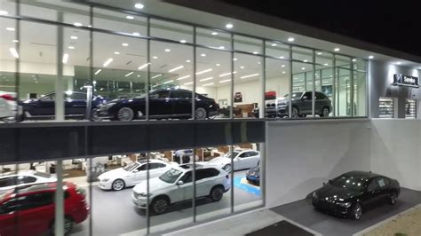 The Bmw Store Cincinnati by The Bmw Store Cincinnati The Largest Bmw Showroom In The