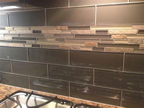 Silver Glass Tile Backsplash : Kitchen Backsplash Silver Aspen Mosaic With Glass Tile I