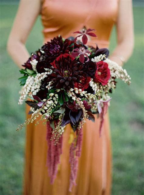 wedding wednesday burgundy bouquets flirty fleurs