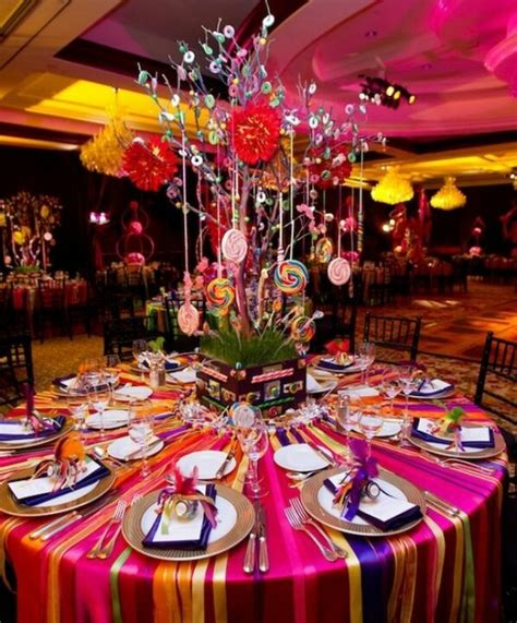 Chagne Decoration Ideas - like the ribbon on the table change for theme