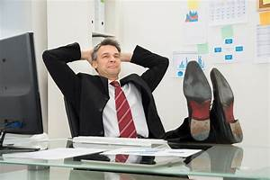 How to Avoid Work Injuries at the Office