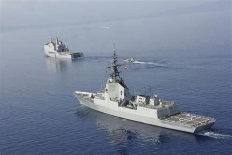 Porque Flota Un Barco Wikipedia by Cazasyhelicopteros2 La Armada Ya No Estima Operativa Para