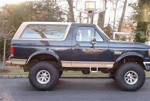 1994 Ford Bronco - Overview