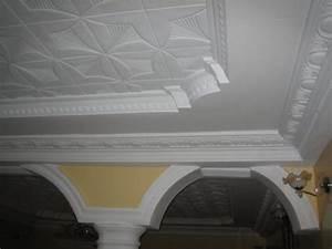 Corniche Plafond Platre : photos plafonds avec poutres plafond platre ~ Edinachiropracticcenter.com Idées de Décoration