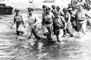 Fallen soldier: Statue commemorating MacArthur's ...
