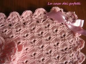 Copertina di lana rosa per passeggino o port enfant