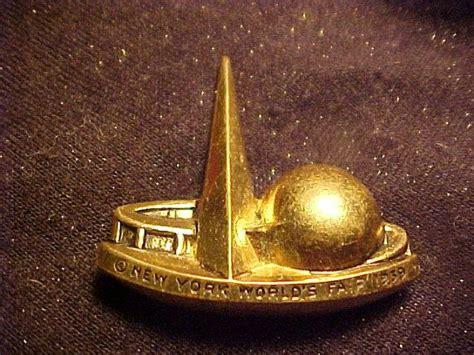 NICE 1939 New York World Fair Souvenir Pin VINTAGE | Art ...