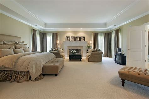 Raised Tray Ceiling by 43 Spacious Master Bedroom Designs With Luxury Bedroom