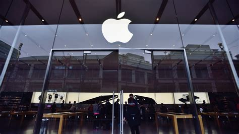 apple sues qualcomm 1 billion for extortion electronic