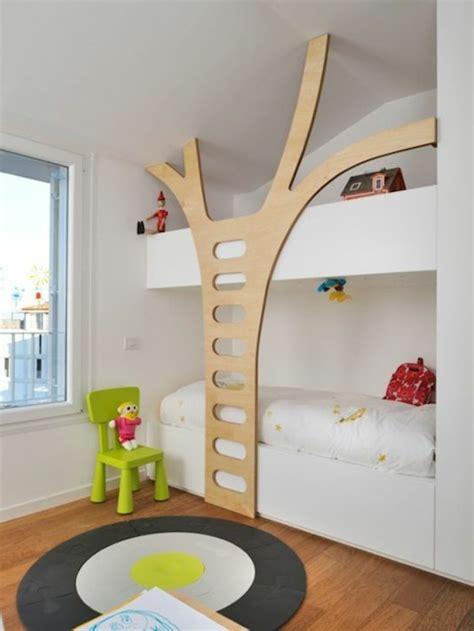 chambre de bébé garcon le lit mezzanine ou le lit supersposé quelle variante