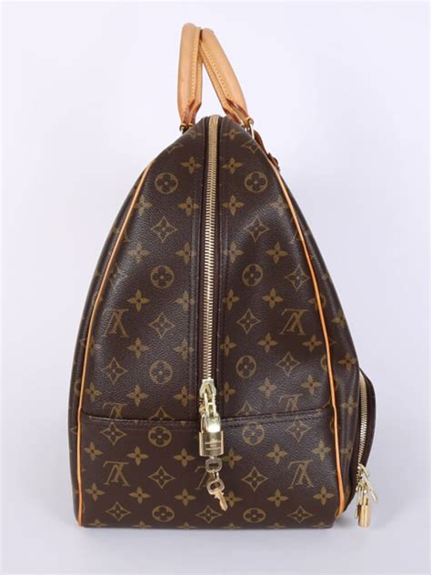 louis vuitton evasion monogram canvas travel bag