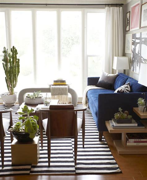 ikea rug eclectic living room benjamin moore