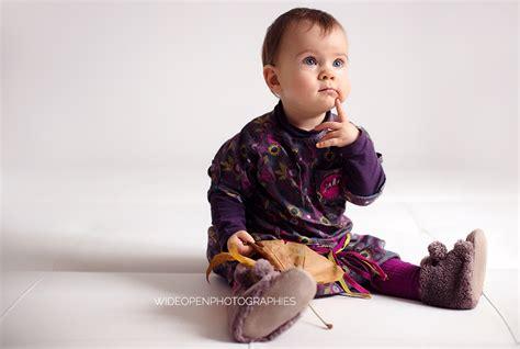 quand bebe tient assis 28 images b 233 b 233 assis