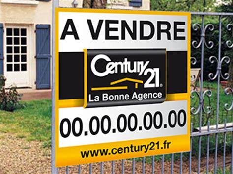 panneau vitrine agence immobiliere enseigne lumineuse led agence immobili 232 re panneau pub immobilier porte affiche leds toulon