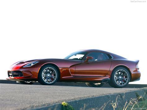 SRT Viper GTS (2013) - picture 12 of 95 - 800x600