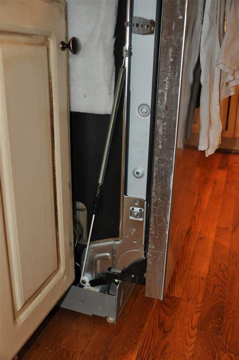 lg dishwasher ldfst door  broken