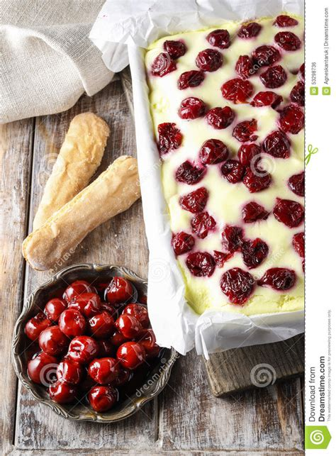 Add mascarpone cheese, lady finger biscuits and expresso coffee and you have a no bake cheesecake to die for. Cherry Cake With Lady Finger Biscuits Stock Photo - Image of cheesecake, cake: 53298736