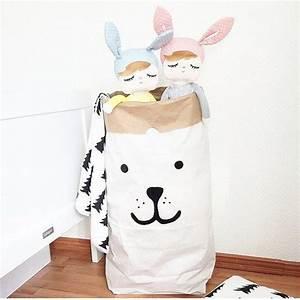 Sac Papier Kraft Deco : sac en papier kraft pour ranger les jouets rangements jouets room baby room et bags ~ Dallasstarsshop.com Idées de Décoration