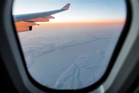 sit   plane  prevent motion sickness conde