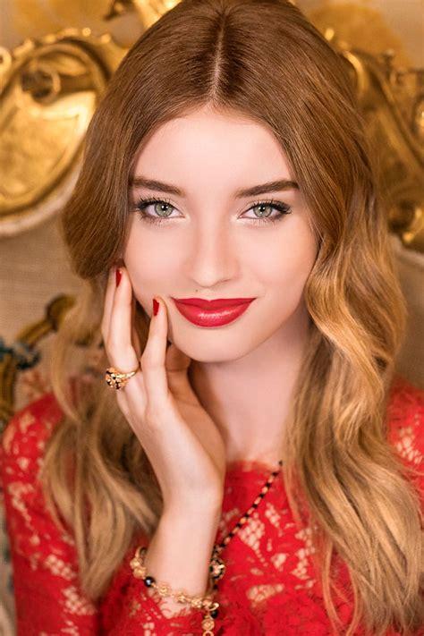 dolcegabbana unveils sweet holidays festive makeup collection duty  hunter duty  hunter
