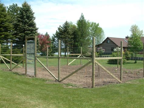 Garden Deer Fence by Garden Deer Fence Delta Fence Construction
