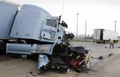 3 Hurt In Semi Crash At Highway 63/highway 3
