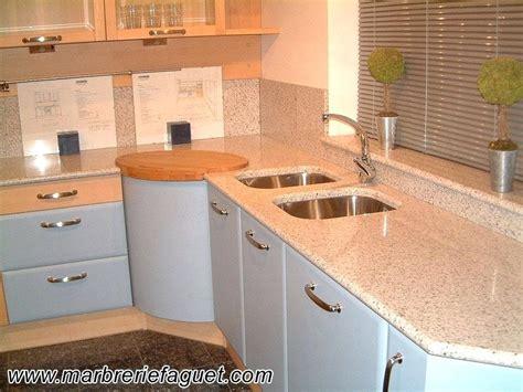 table de travail cuisine en granit tendancesdesignfr