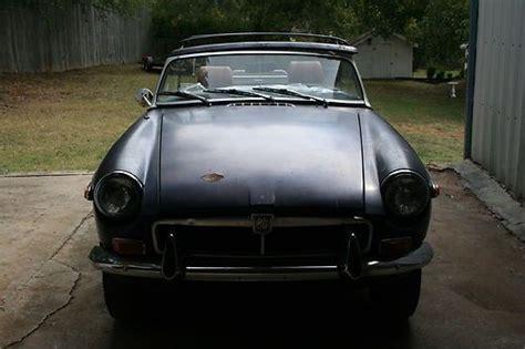 sell used 1970 mgb gt split rear bumper in orange