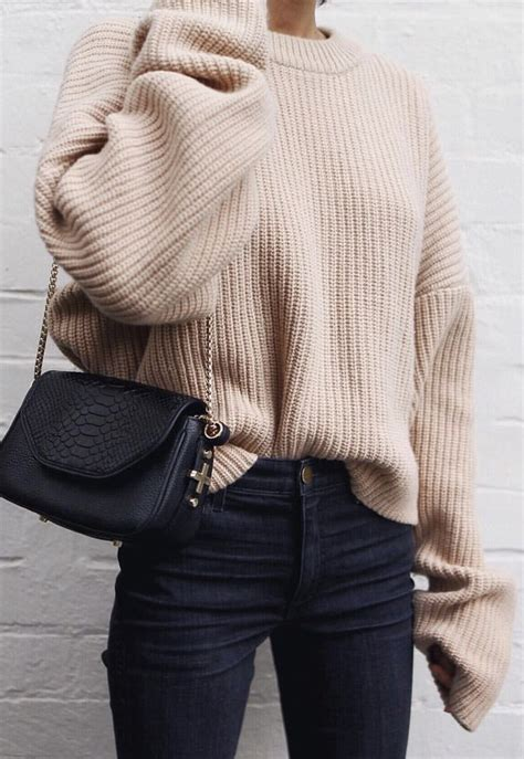 Best 25+ Beige sweater ideas on Pinterest | Lace blouses Beige batwing t shirts and Beige ...