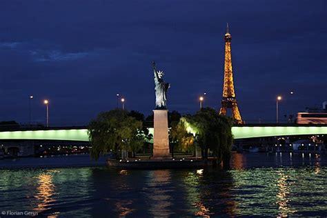 statue  liberty   ile des cygnes photo