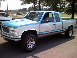 Stratus Vehicle 1995