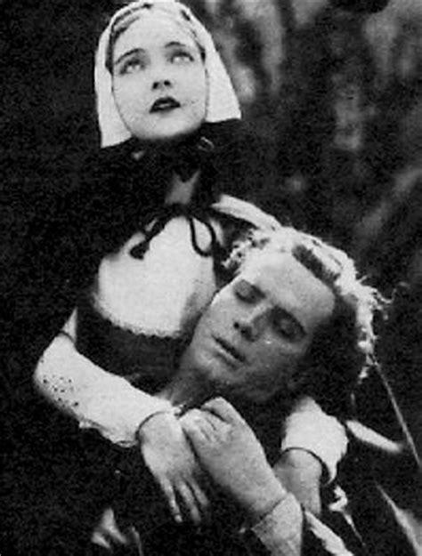 scarlet letter lillian gish 1926 photo at co uk shillpages actresses lillian gish