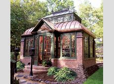 Brick and glass tiny cottage [Love the overall design