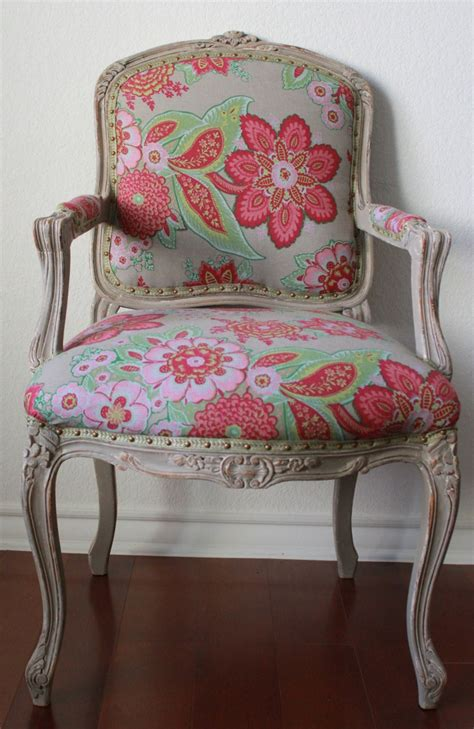 Kitchen Chair Upholstery by 1000 Images About Kitchen Chair Reupholstery Ideas On