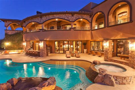 15 Of The Most Heavenly Luxury Mansions With Swimming