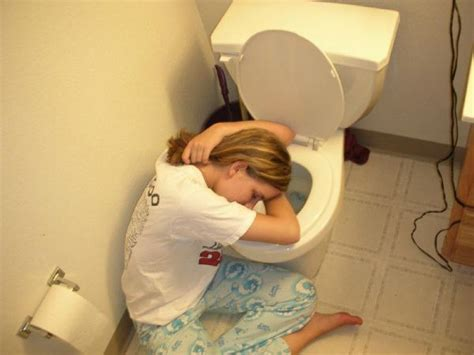 Fun Lol Pics 50 Passed Out Girl Pics