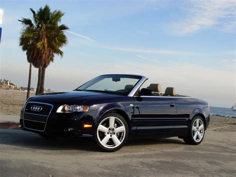 Audi A4 24 Cabriolet Pictures Photo 3