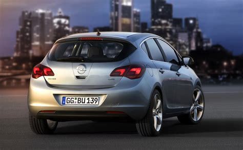 Opel Astra 2010 by Opel Astra 2010 Cartype