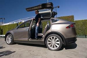 Tesla Model 3 Date De Sortie : tesla model x prix sortie et performances motorisations ~ Medecine-chirurgie-esthetiques.com Avis de Voitures