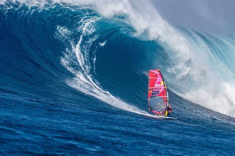 Robby Naish gives the lowdown on why Jaws rocks