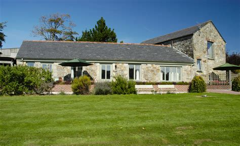 Cottage Guide by Poltarrow Farm Cottages Cornwall Guide