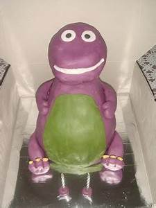 CitsCakes: 3D Barney Cake and cupcakes~