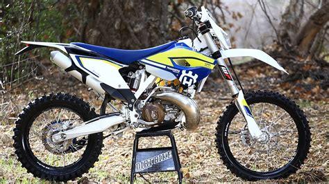 2 stroke motocross bikes 2016 husqvarna te300 2 stroke dirt bike magazine youtube