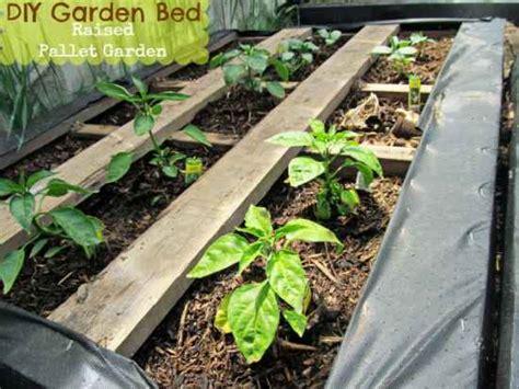 pallet garden bed 18 pallet garden planter ideas