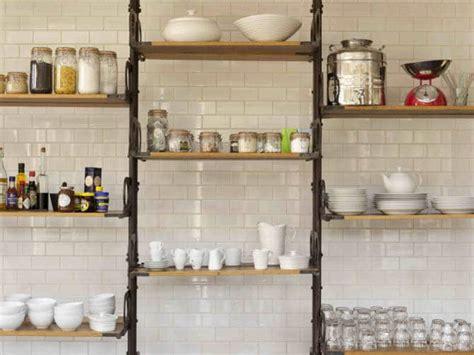 rangement mural cuisine 9 astuces de rangement pour optimiser l espace de sa cuisine