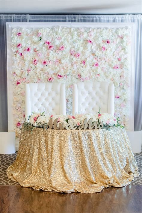 Sweet Pink And Gold Wedding Flower Backgrounds